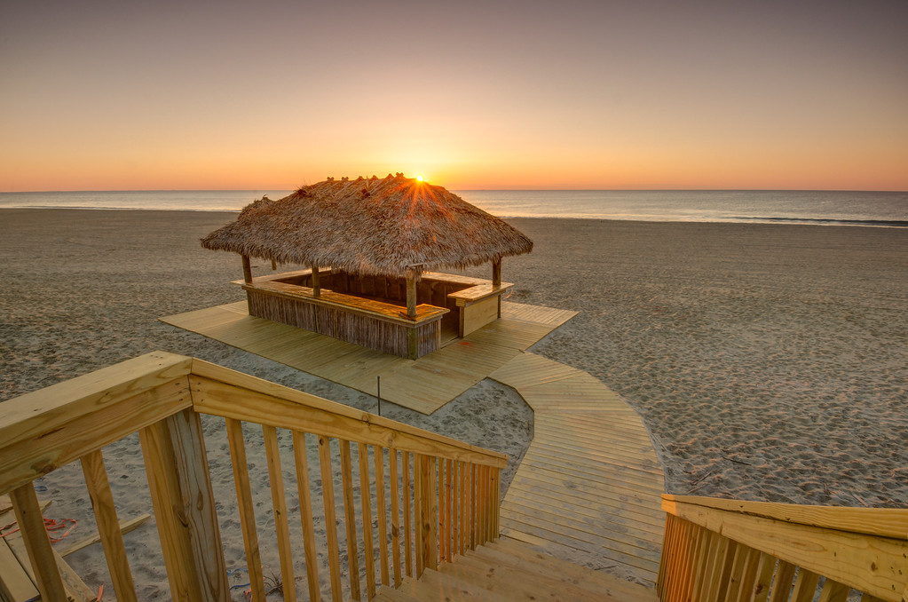 2014 5-20 Donovan's Reef Tiki Hut Sunrise-39_40_41