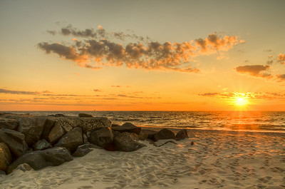 2014 7-25 Anchorage Beach Sunrise - Madison Friends-151_2_3