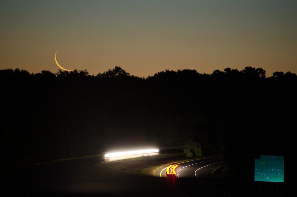2013 8-5 Rt  18 Overpass Moonrise 270mm-18