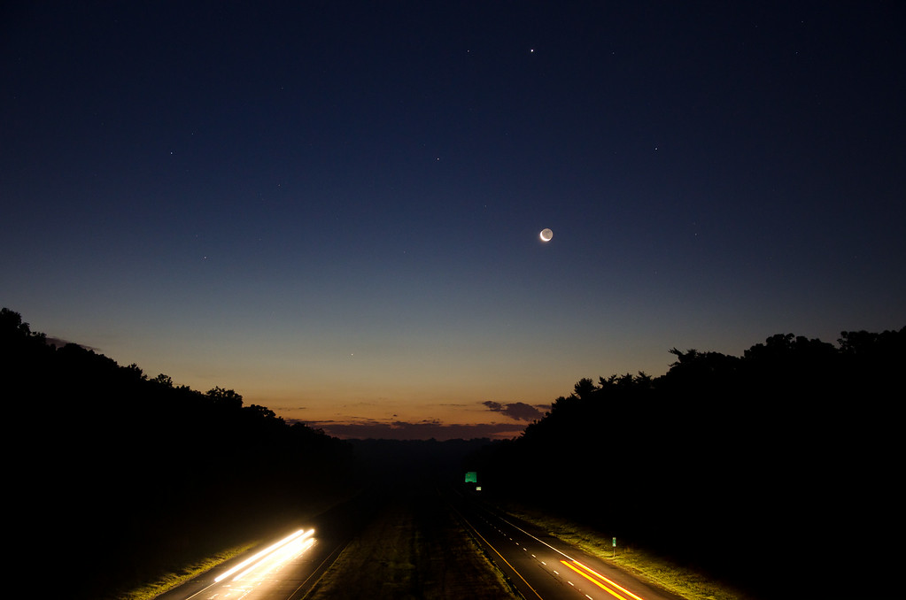 2013 8-4 Rt  18 Overpass Moonrise Jupiter Mars Mercury-65