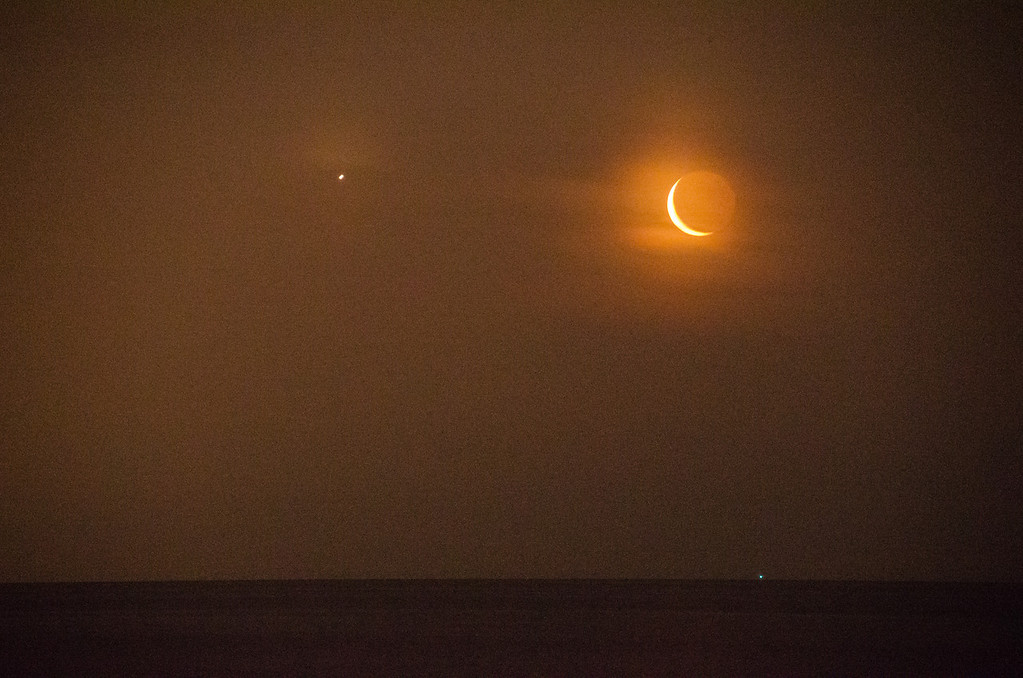 2014 6-24 Moon and Venus Monmouth Beach-42
