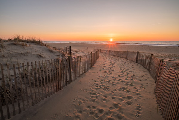2016 4-16 Long Branch Seven Presidents Snow Fence Sunrise-2_Full_Res